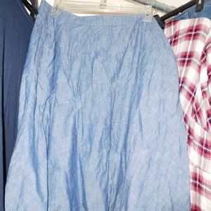 22W LANE BRYANT CHAMBRAY CIRCLE SKIRT WITH POCKETS